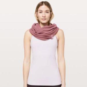 Lululemon vinyasa scarf crinkle